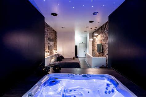 Apartment Chambre Avec Jacuzzi Sauna Privatif, Brussels
