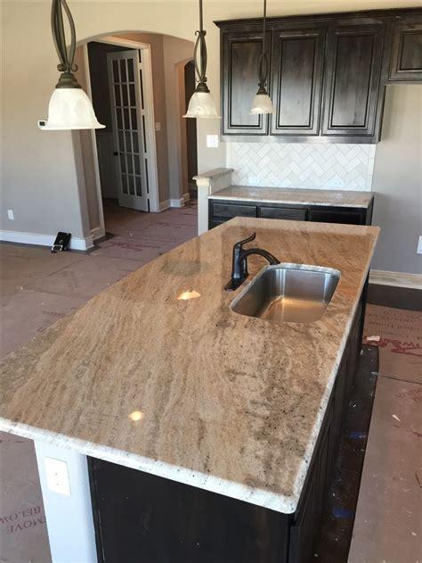 new construction kitchen island installation 3cm astoria