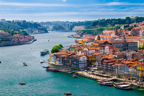 Flight To Porto by Emirates Plans Flights To Porto In Portugal