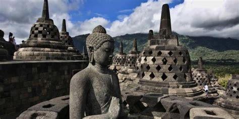 destinasi wisata borobudur objek  keajaiban dunia