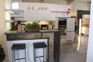small kitchens with islands nobilia musterküche moderne u küche mit theke