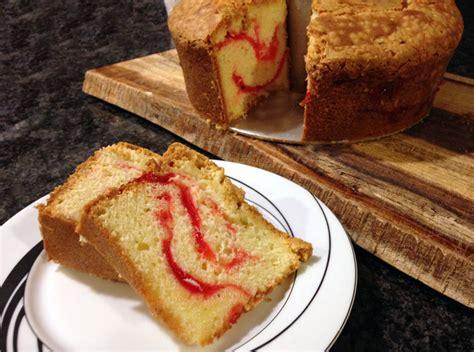 strawberry cheese pound cake strawberry swirl cheese pound cake