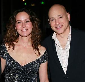 The gallery for --> Evan Handler Cancer