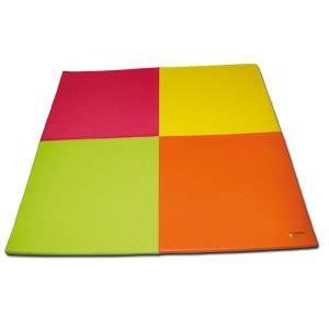 tapis de sol bebe en mousse tapis mousse enfant forme corolle