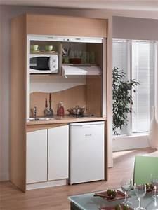 Kitchenette Pour Studio : tiny kitchenette perfect for a basement mini fridge ~ Premium-room.com Idées de Décoration