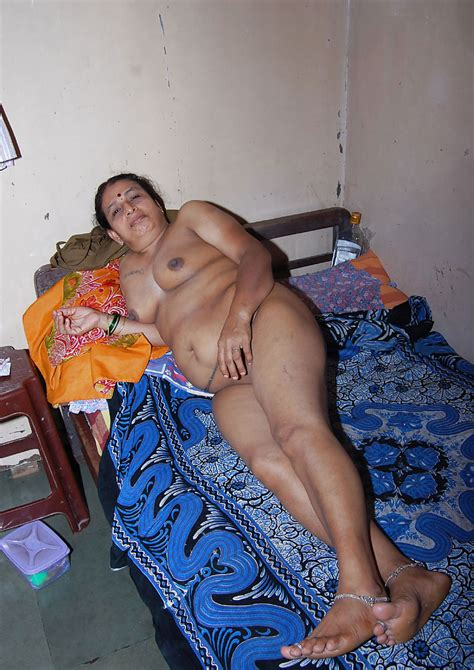 Desi Aunty Naked Private Pics Slutty Indian Collection