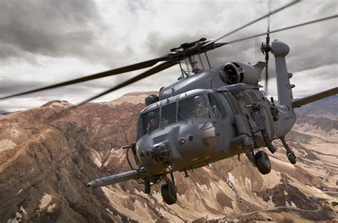 sikorsky conducts combat rescue helicopter crh training