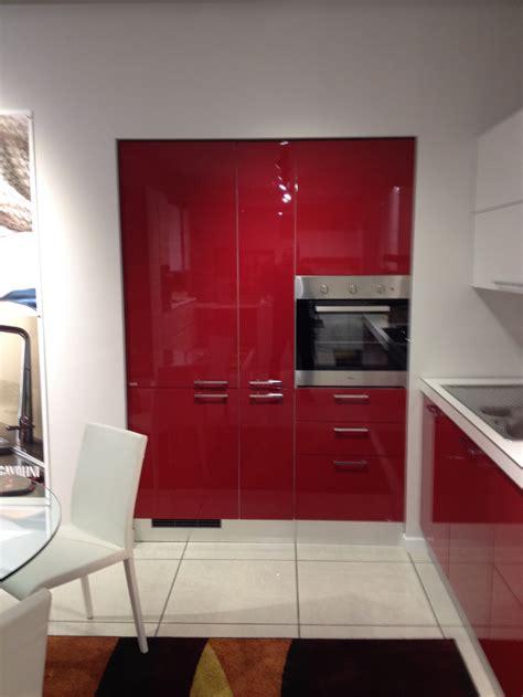 cucina scavolini rossa scavolini cucina sax moderna laccato lucido rossa cucine
