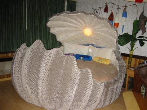Clamshell Bed by The Clam Shell Bed Desert Island Suite Picture Of