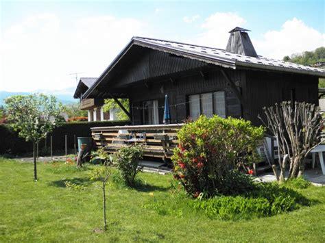 location petit chalet en haute savoie 224 deux pas des stations de ski 18101001 location et