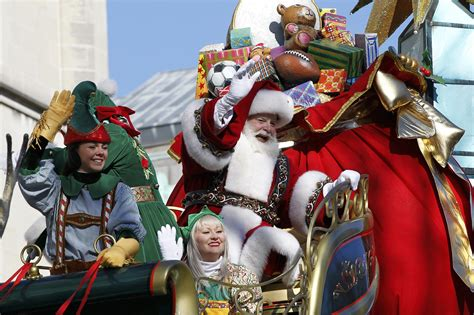 macys thanksgiving day parade  route map start time