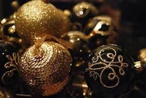 36 super elegant black and gold christmas d 233 cor ideas digsdigs