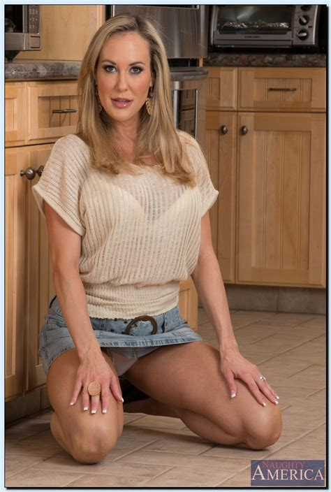 Step Mom Brandi Love Down On Bruces Hard Man Meat Milf Fox