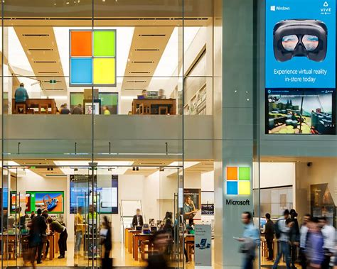 xbox chief pledges to fix microsoft store for pc gamers