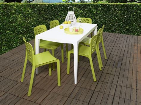 chaise et table de jardin ensemble table et chaise de jardin en plastique advice