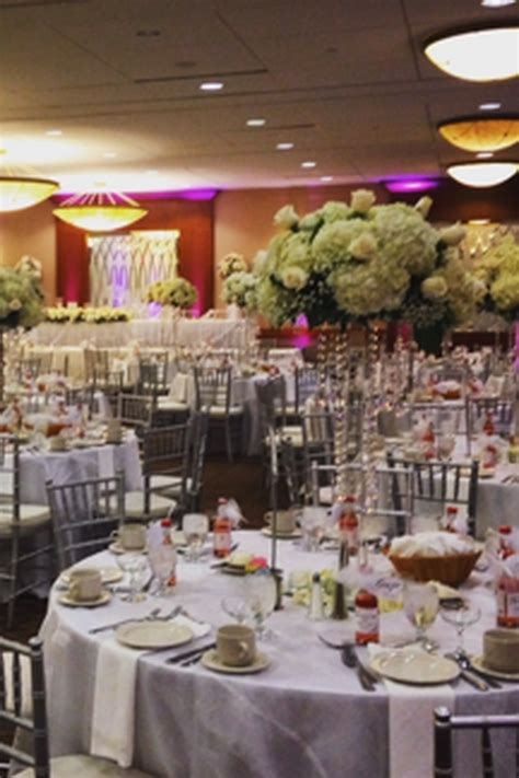 holiday inn syracuseliverpool weddings  prices