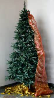christmas tree decorating with mesh ribbon outlet