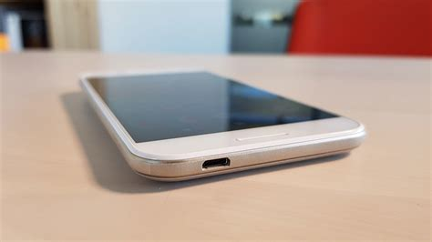 vodafone smart n8 review the cheapest you can go tech