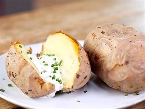 ail en robe de chambre comment faire cuire les pommes de terre au four en robe