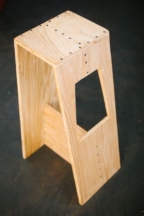woodwork diy stool  plans