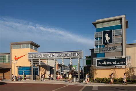 About Toronto Premium Outlets™ - A Shopping Center in