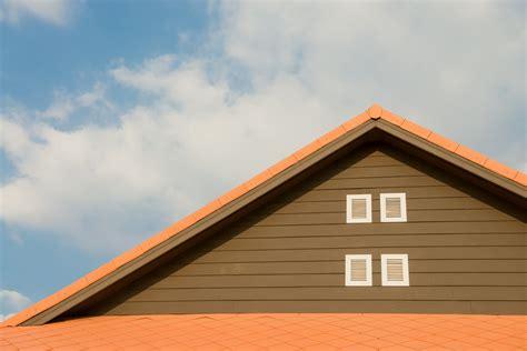 Kvalitatīvie IKO bitumena jumta šindeļi - Valmieras Ziņas