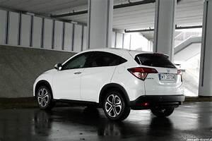 Honda Hr V Executive : honda hr v 1 6 i dtec executive auto testy ~ Gottalentnigeria.com Avis de Voitures