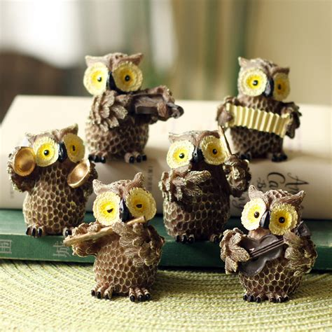 17 Owl Decor And Owl Shaped Ornament Examples