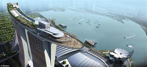marina bay sands hotel singapore architectual devinity