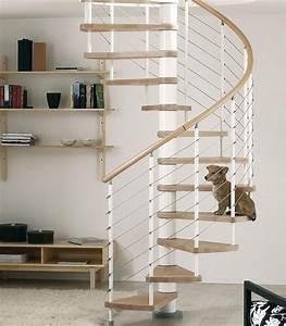 Escalier hélicoïdal Arkè Kloé en acier blanc et hêtre Ø 140 cm