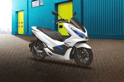 Review Gesits Electric by Honda Pcx Electric Price Spec Reviews Promo For July 2019