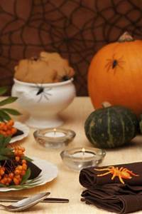 Halloween Dekoration Selber Machen : halloween deko selber machen tischdeko basteln ~ Markanthonyermac.com Haus und Dekorationen
