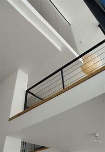 24 idees de mezzanines pour votre loft With deco maison avec poutre 14 escalier poutre centrale mezzanine moderne escalier