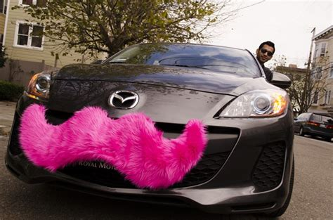 Lyft And Uber Continues Expansion Strategy, Faces Legal