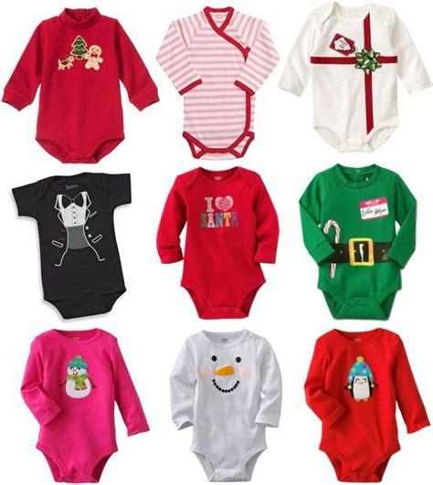baby weihnachten erste weihnachten mit baby mit dekorationen geschenken