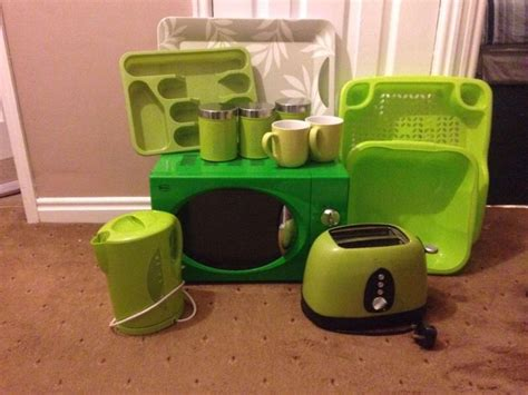 lime green kitchen canisters house clearance in carluke south lanarkshire scotland 7093