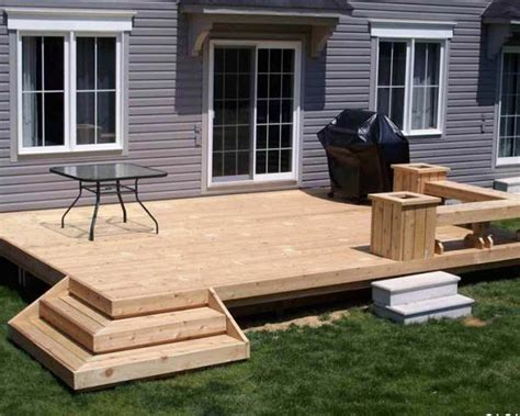 Home Deck Design Ideas by Backyard Decks Ideas For Small Yards