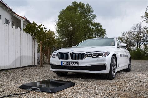 bmw wireless charging bmw wireless charging 530e from 2018 with inductive charging
