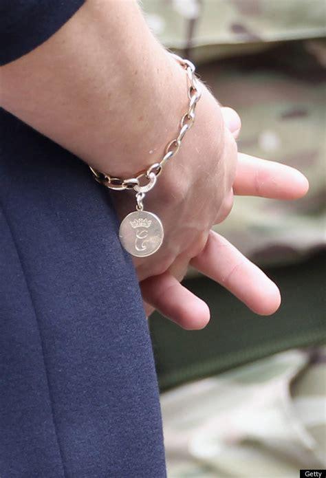 duchess  cambridges favorite charm bracelet   gift