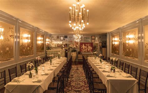 private dining rooms  sf