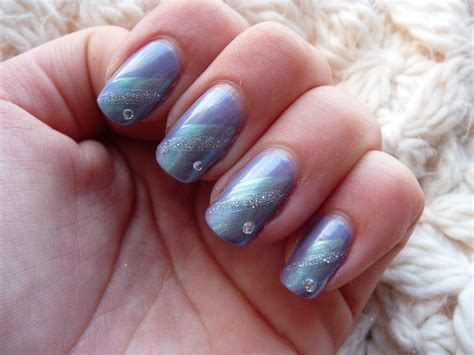 Nail Art Winter :  Snowflakes Nail Art, Winter Snow Nail, Easy
