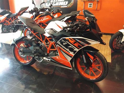 Ktm Rc 200 2019 by Ktm Rc 200 Special Edition Witnesses At A Dealership