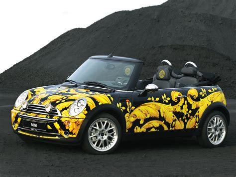 2005 Mini Cabriolet By Donatella Versace Bumble Bee