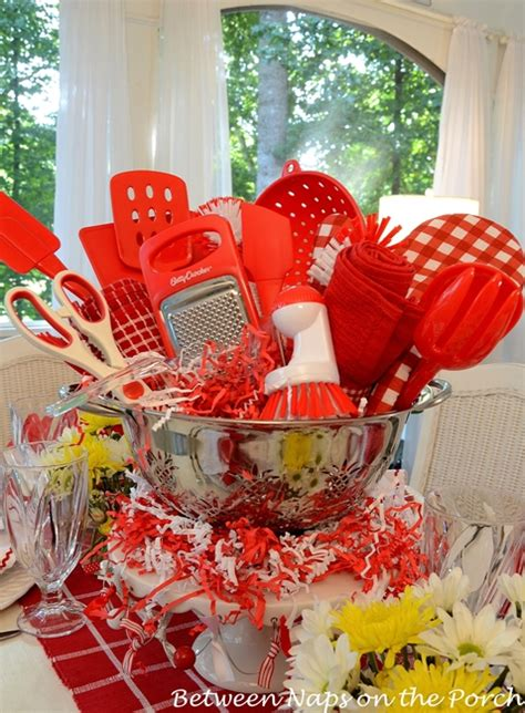simple kitchen table centerpiece ideas easy centerpiece for a kitchen gadgets bridal shower