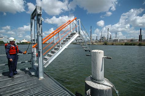 Ship Gangway by Barge Ship And Marina Style Access Gangways Saferack