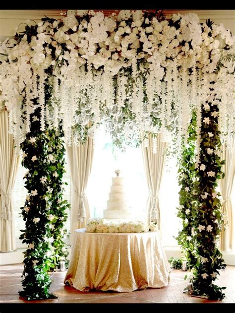 Chagne Decoration Ideas - opulence in design an alter change into a cake table