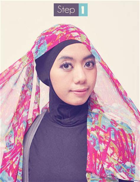 memakai jilbab praktis  pashmina sifon