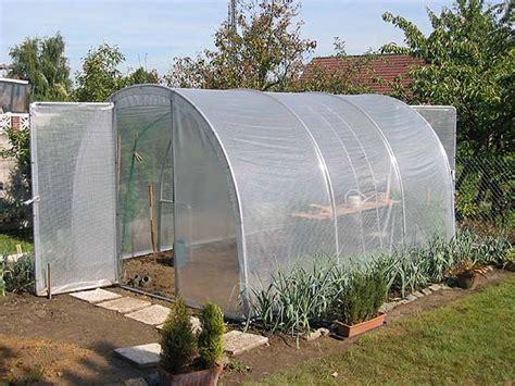 tunnel jardin plastique images