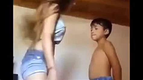 Young Girl Fun With Little Brother Video Dailymotion