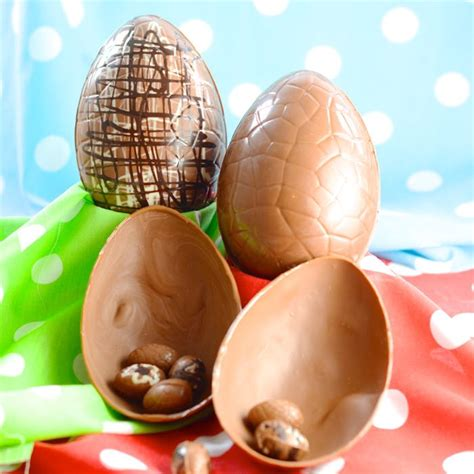 This collection of recipes will give you lots of options for when you find yourself with too many eggs on your hands. How to make your own Easter Eggs? A lot of fun but too ...